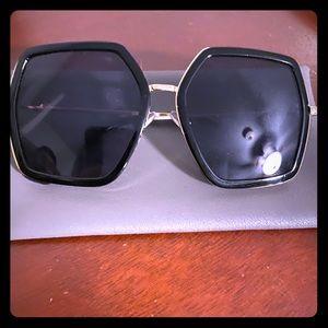Gucci Look a like sunglasses